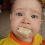 baba etetés, hozzátáplálás, önálló evés