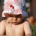 Hogyan tanul a baba, amikor utánoz?